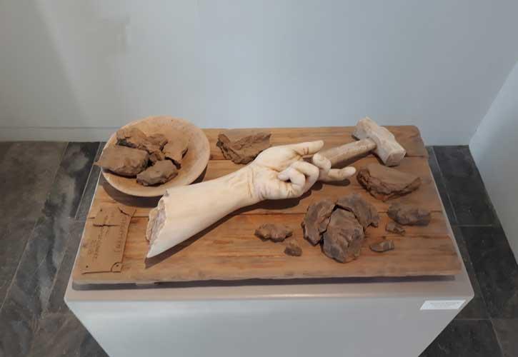 """""""Απόρριψη"""", έργο του Μαρμαρογλύπτη Αντώνη Χονδρογιάννη"""